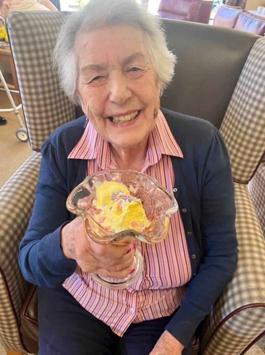 Ice creams all round at Westhill